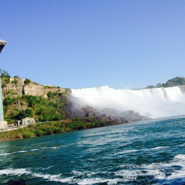 6/4/2014 tarihinde Mindy K.ziyaretçi tarafından Niagara Falls USA Official Visitor Center'de çekilen fotoğraf