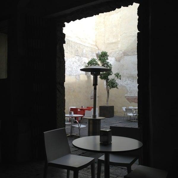 1/3/2013에 Ernesto E.님이 Profética - Casa de la Lectura에서 찍은 사진