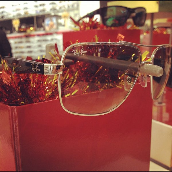 ac7b404732 Photos at Sunglass Hut - Accessories Store in Milford