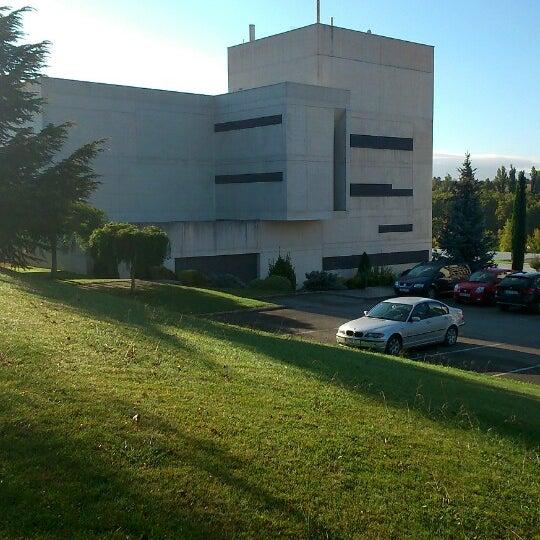 Foto tomada en FCOM - Facultad de Comunicación por Antonio C. el 10/5/2013