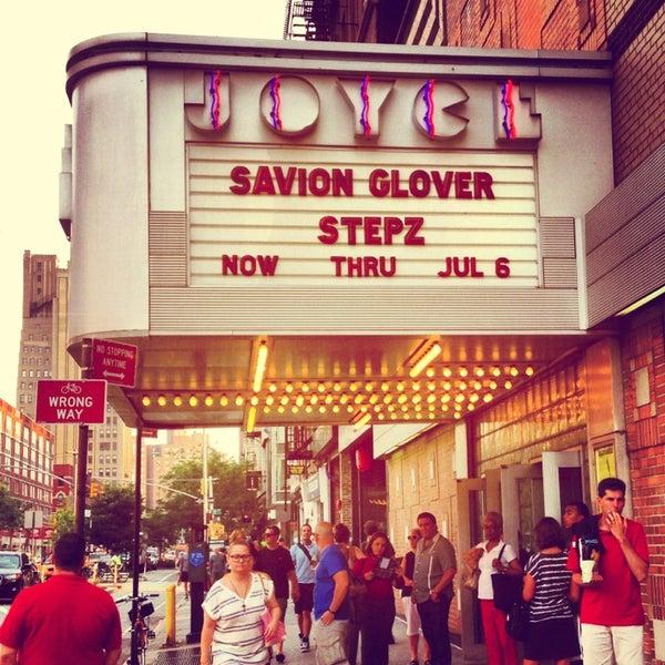 Photo prise au The Joyce Theater par Karin R. le6/26/2013