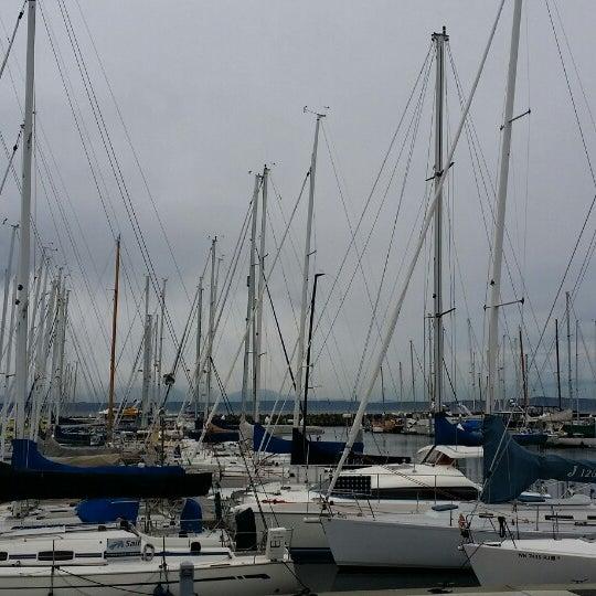 Photo prise au Seattle Sailing Club par James A. le3/8/2014