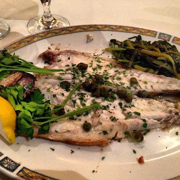 12/19/2012에 Michael M.님이 Kellari Taverna에서 찍은 사진