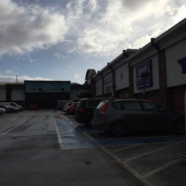 Meadowhall Retail Park Attercliffe Common