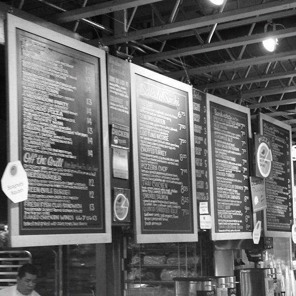 11/21/2012にShea B.がLa Grande Orange Grocery & Pizzeriaで撮った写真