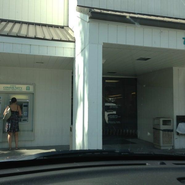 Photos At Hawaii Community Federal Credit Union Kailua Kona Branch