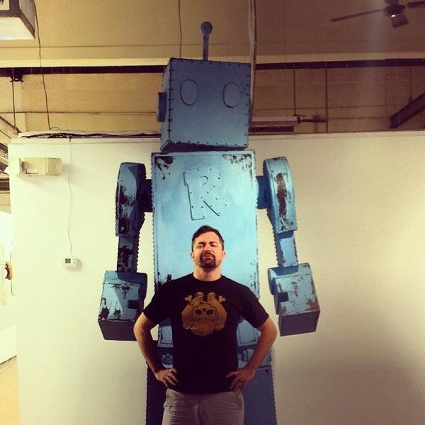 รูปภาพถ่ายที่ Bakehouse Art Complex โดย Brian D. เมื่อ 12/13/2013