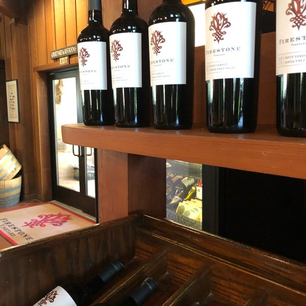 Foto scattata a Firestone Vineyard & Winery da Murray S. il 6/15/2019