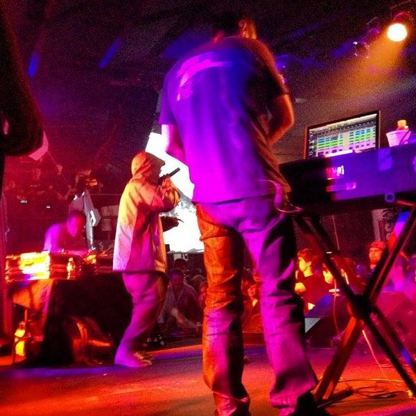 Das Foto wurde bei Cervantes' Masterpiece Ballroom & Cervantes' Other Side von ultra5280 am 9/16/2012 aufgenommen