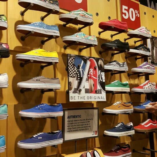 Vans - Shoe Store in Singapore