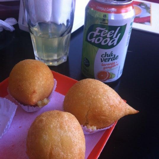Das Foto wurde bei Santa Coxinha von Sam C. am 11/22/2012 aufgenommen