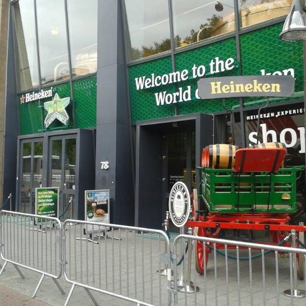 Das Foto wurde bei Heineken Experience von David I. am 7/12/2013 aufgenommen