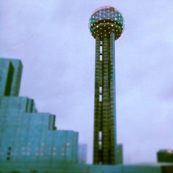 12/25/2012にJen D.がReunion Towerで撮った写真