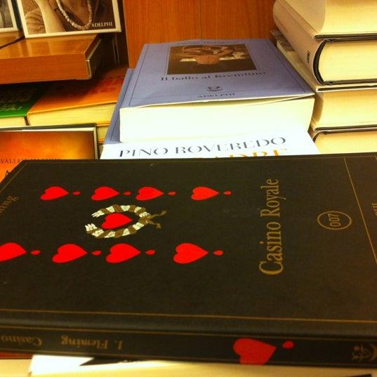 Libreria Moderna Udinese.Photos At Libreria Moderna Udinese Bookstore
