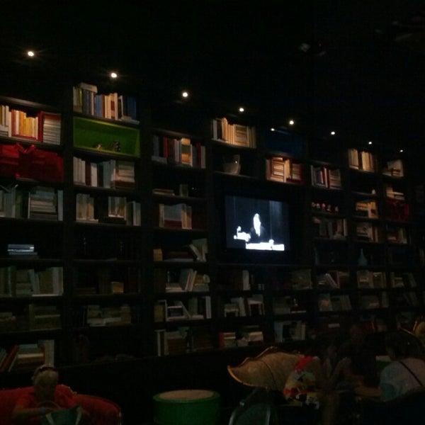 Foto tomada en The Lady Silvia Lounge por Jerry P. el 9/29/2013