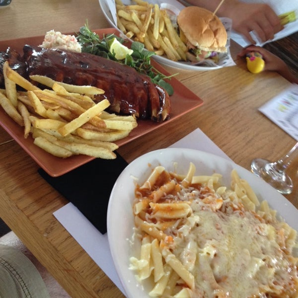 Photo prise au Beefcious par Alfonso P. le7/25/2014