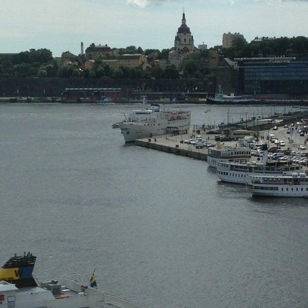 Foto tirada no(a) Grand Hôtel Stockholm por Troy B. em 7/3/2013