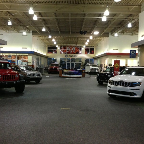 Autonation North Phoenix >> Photos At Autonation Chrysler Dodge Jeep Ram North Phoenix