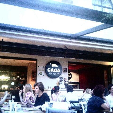 Foto tirada no(a) Gaga Manjero por Burcu E. em 7/23/2013