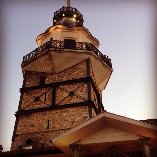 7/23/2013 tarihinde Selçuk Yılmazziyaretçi tarafından Kız Kulesi'de çekilen fotoğraf