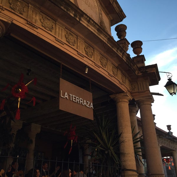 Fotos En La Terraza Bar Al Aire Libre En San Miguel De Allende