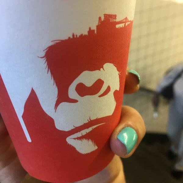 Foto scattata a Gorilla Coffee da Gaby A. il 7/26/2017