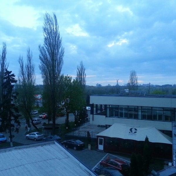 4/28/2013 tarihinde Дмитрий В.ziyaretçi tarafından Готель «Славутич»  / Slavutych Hotel'de çekilen fotoğraf