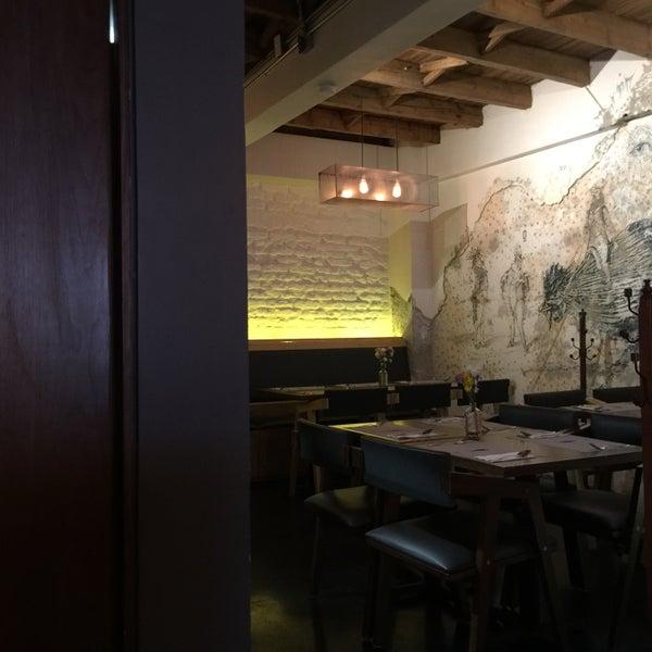 Das Foto wurde bei Lázaro Comedor & Bar von Marifer D. am 11/14/2015 aufgenommen