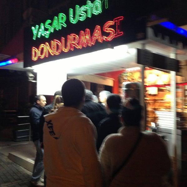 Foto tirada no(a) Dondurmacı Yaşar Usta por Emre em 4/12/2013
