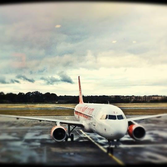 Das Foto wurde bei Edinburgh Airport (EDI) von David G. am 10/14/2012 aufgenommen