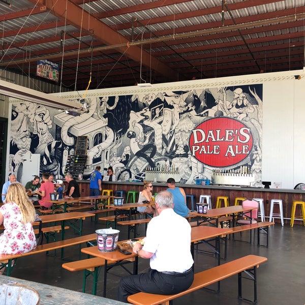 8/30/2018 tarihinde Sue W.ziyaretçi tarafından Oskar Blues Brewery'de çekilen fotoğraf