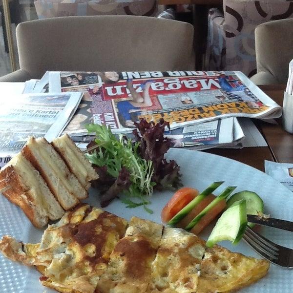 Sabah kahvaltım on numara.çay çok güzel tiryakiler için . Sunumu da beğendim