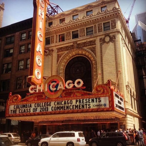 5/18/2013에 A Ross님이 The Chicago Theatre에서 찍은 사진