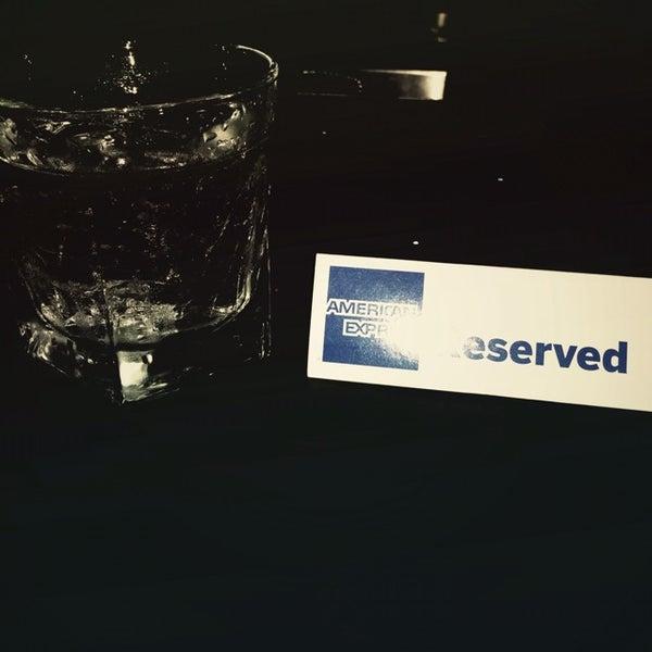 11/23/2013 tarihinde EJ S.ziyaretçi tarafından Corked Bar, Grill, Nightclub'de çekilen fotoğraf