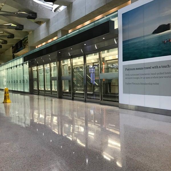 Снимок сделан в Вашингтонский аэропорт имени Даллеса (IAD) пользователем Rich B. 11/9/2016