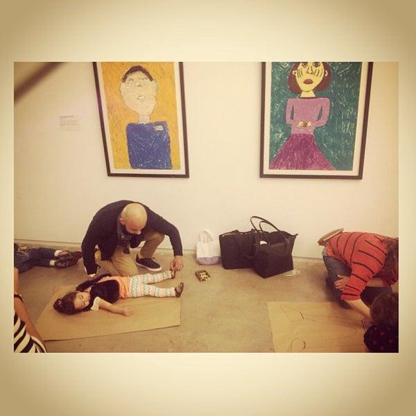 รูปภาพถ่ายที่ Children's Museum of the Arts โดย Benz R. เมื่อ 3/31/2013