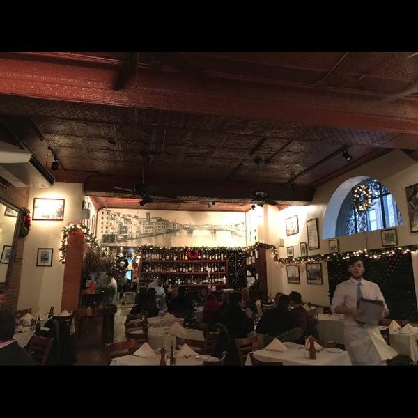 12/17/2016 tarihinde Vinicius G.ziyaretçi tarafından Pappardella'de çekilen fotoğraf