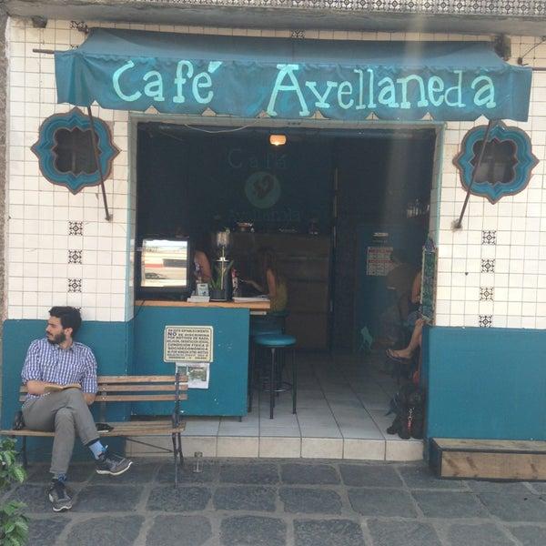 Foto scattata a Café Avellaneda da Fernando C. il 7/29/2013
