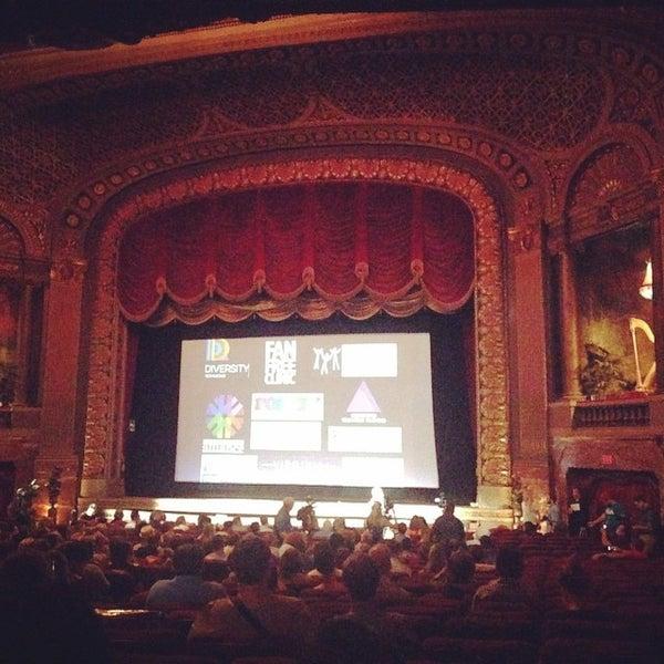 Photo prise au The Byrd Theatre par Lauren B. le6/27/2015