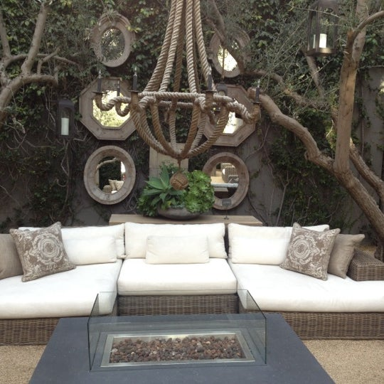 Homestore Gallery: Restoration Hardware Gallery