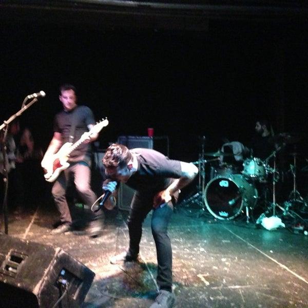 รูปภาพถ่ายที่ Warehouse Live โดย Jesus L. เมื่อ 4/13/2013