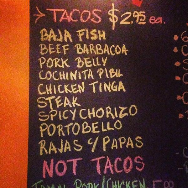 Photo prise au The Taco Shop par Caitlin C. le7/12/2015