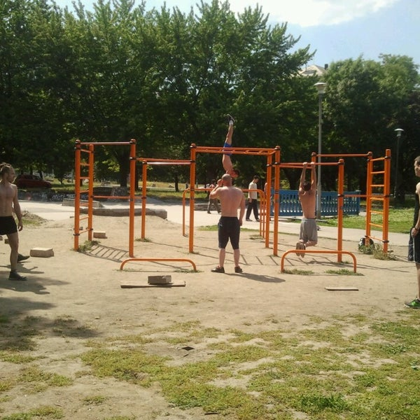 Hardbodyhang Street Workout Park - Lágymányos - 4 tips from 81 visitors