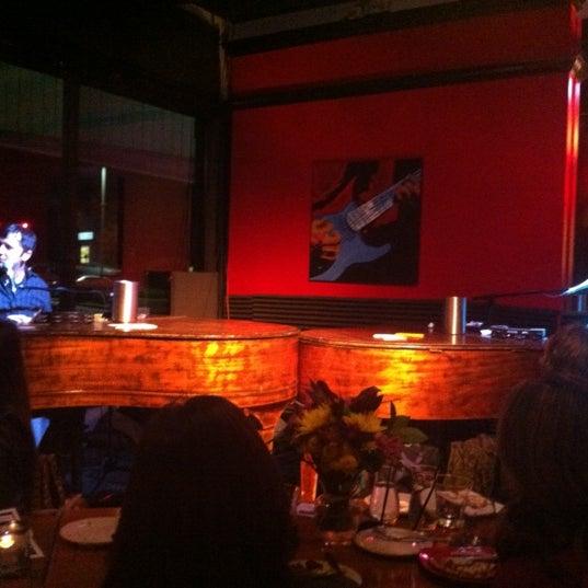 2/9/2013에 Jen M.님이 Red Sky Tapas & Bar에서 찍은 사진