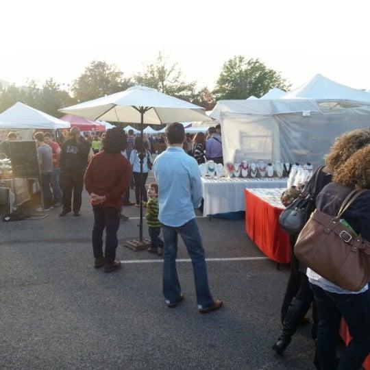Photo prise au The Flea Market at Eastern Market par Jerry le11/11/2012