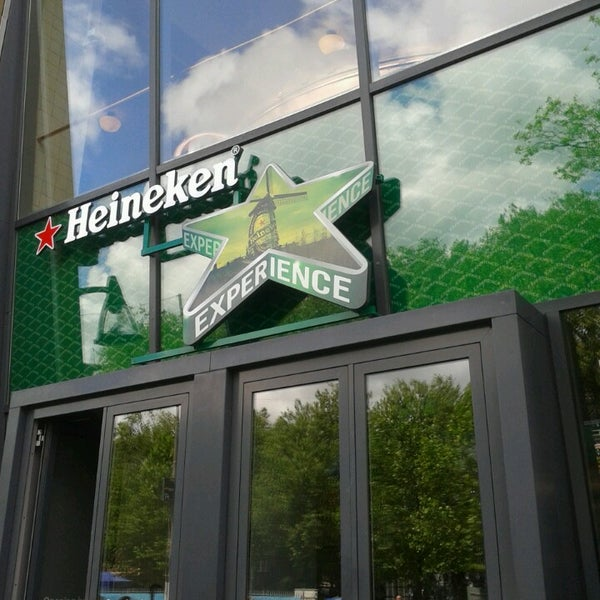 Das Foto wurde bei Heineken Experience von Beline C. am 6/23/2013 aufgenommen