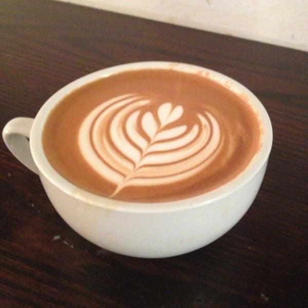 Photo prise au WTF Coffee Lab par j H. le1/9/2013