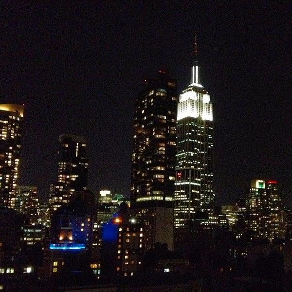 9/18/2012 tarihinde Caroline D.ziyaretçi tarafından Hilton New York Fashion District'de çekilen fotoğraf