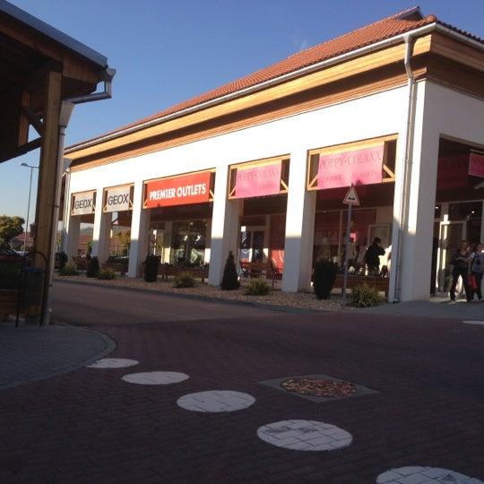 d3a5e1c03321 Premier Outlets Center - Biatorbágy, Pest megye