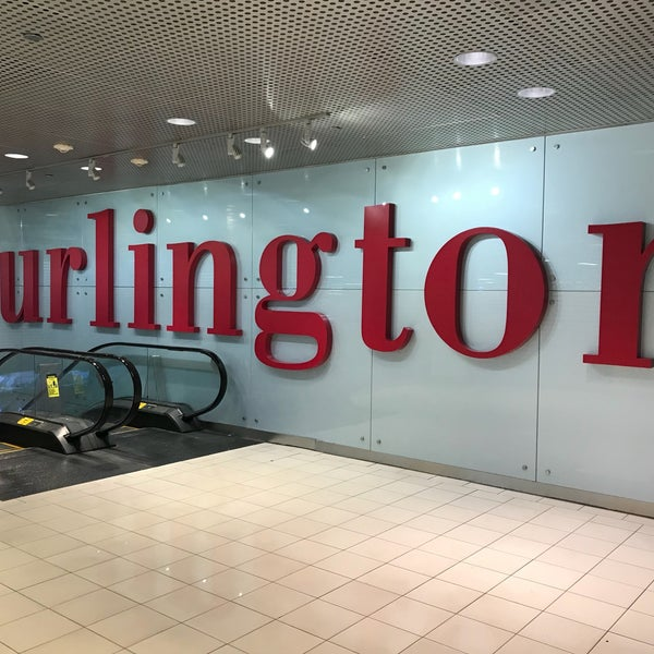Foto diambil di Burlington oleh Jacky L. pada 10/4/2017
